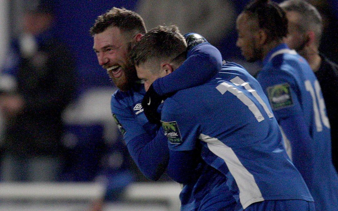 Late Billy strike wins it for Blues
