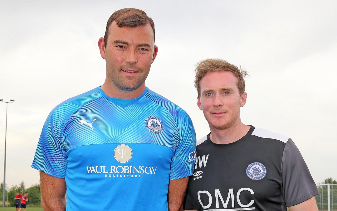 Matt Rhead signs for the Blues