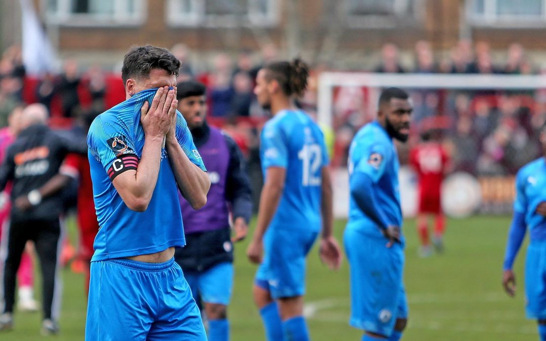 Town fall to defeat in Welling
